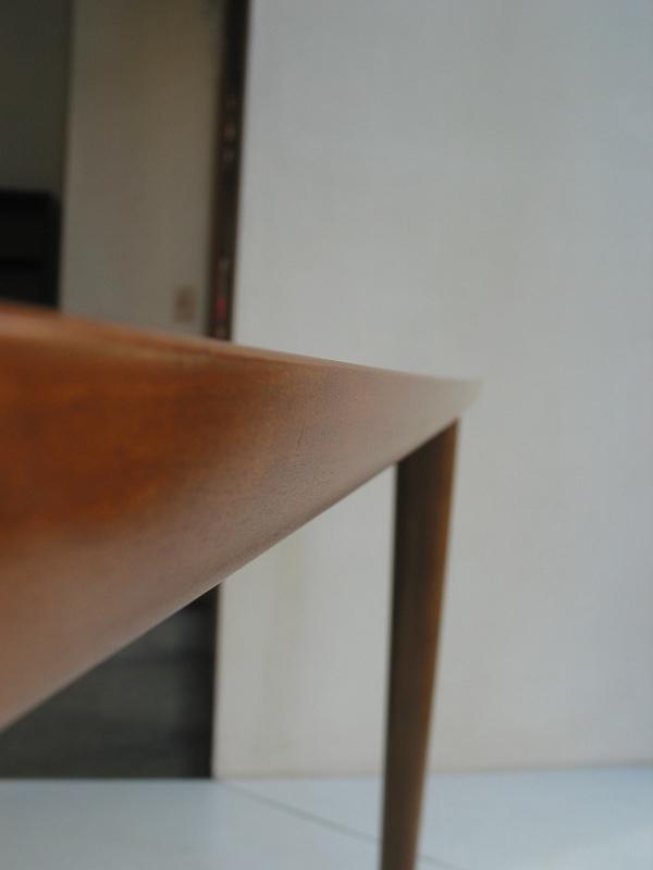 カリモク60+ ダイニングテーブル(W1500)ウォールナット色6