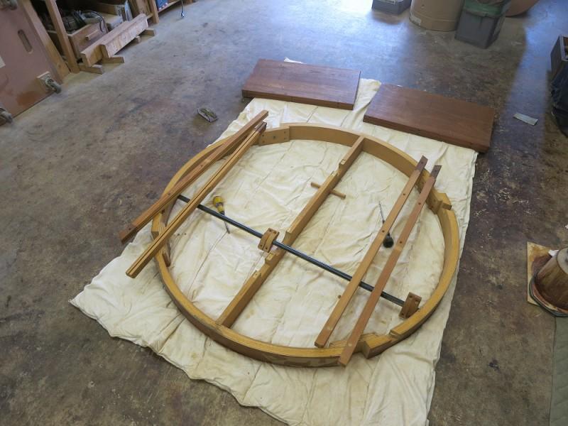 ヴィンテージ北欧家具 ダイニングテーブル修理や再塗装
