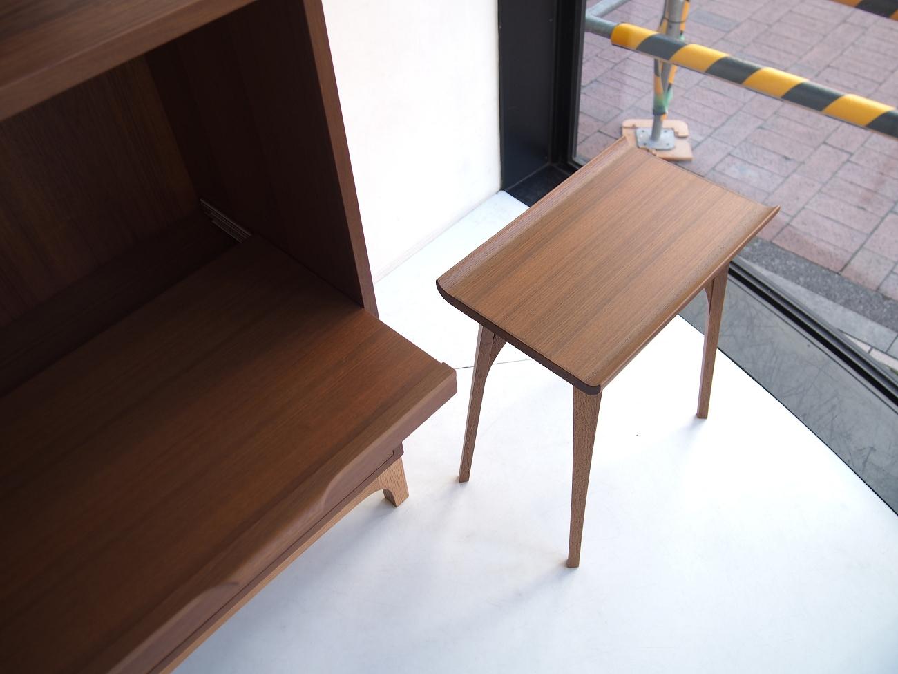 当店オリジナルのチークのテーブルとの合わせ、ビンテージ北欧家具との合わせも抜群です。