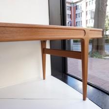 ヨハネスアンダーセンのセンターテーブル