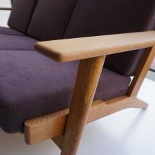 ハンス・ウェグナーデザイン ゲタマ社製のビンテージGE290-3ソファ オーク材