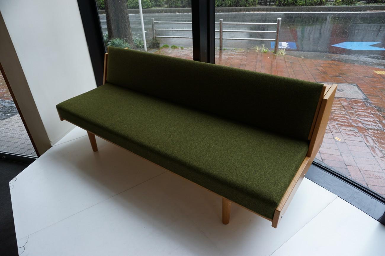 Hans J.Wegner GE-258(GE-6) Daybed sofa Oak GETAMA kvadrat / ハンス・ウェグナー デイベッド ソファ オーク丸脚 ゲタマ クヴァドラ ビンテージ北欧家具