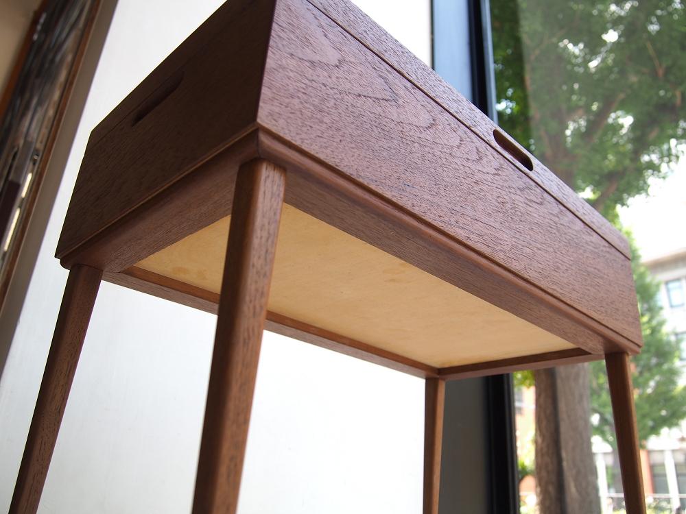 ビンテージ北欧家具のソーイングボックス