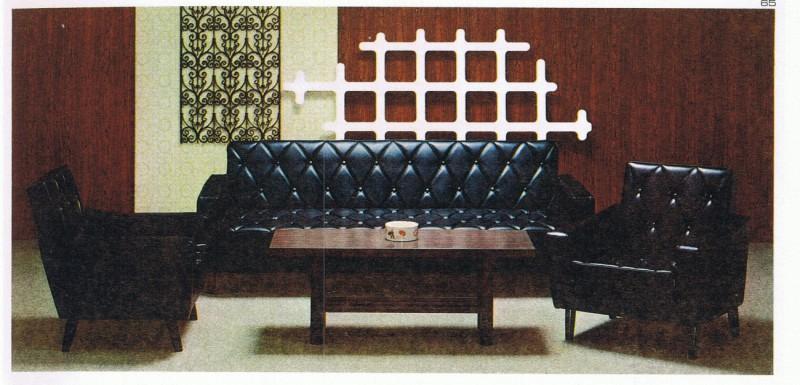 販売当時のスリーピングソファのスタンダードブラック色