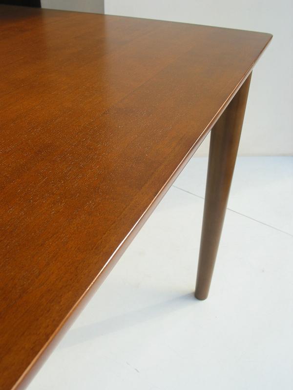カリモク60+ ダイニングテーブル(W1500)ウォールナット色5