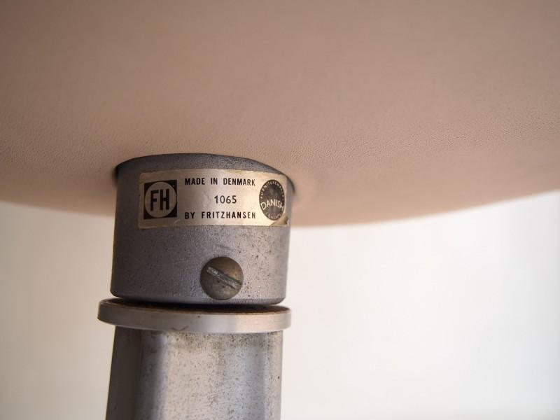 フリッツハンセンによるオリジナルのビンテージのスワンチェアです