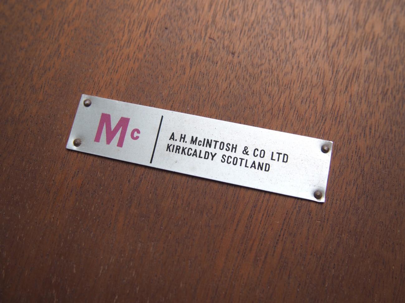 エクステンションダイニングテーブル A.H.McINTOSH(マッキントッシュ) & CO LTD KIRKCALDY SCOTLANDのブランドタグ