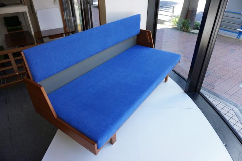 ハンスウェグナー デイベッドのベッド使用の様子