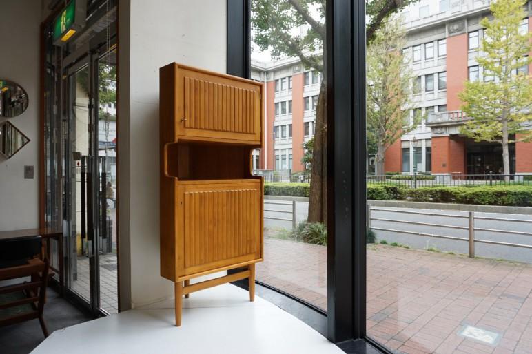 Pine Corner cabinet パイン材を使用したコーナーキャビネット ビンテージ北欧家具