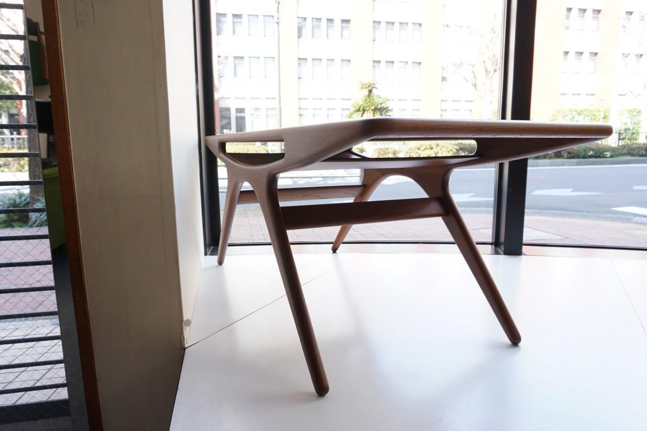 Johannes Andersen Smile(UFO) table CFC Silkeborg / ヨハネスアンダーセン スマイルテーブル(UFO テーブル)