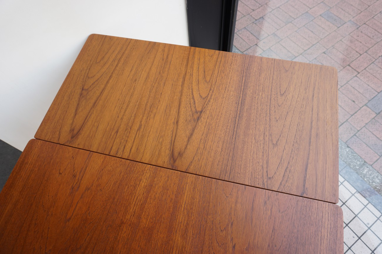デンマーク製ビンテージのエクステンションダイニングテーブル(チーク)コンパクトサイズ