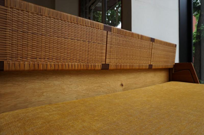 Hans J.Wegner GE-258(GE-6) Daybed sofa Teak Rattan GETAMA Gaston y Daniela / ハンス・ウェグナー デイベッド ソファ チーク丸脚 ラタン(籐) ゲタマ ビンテージ北欧家具