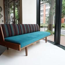 Hans J.Wegner GE-258(GE-6) Daybed sofa Teak GETAMA / ハンス・ウェグナー デイベッド ソファ チーク丸脚 ゲタマ ビンテージ北欧家具