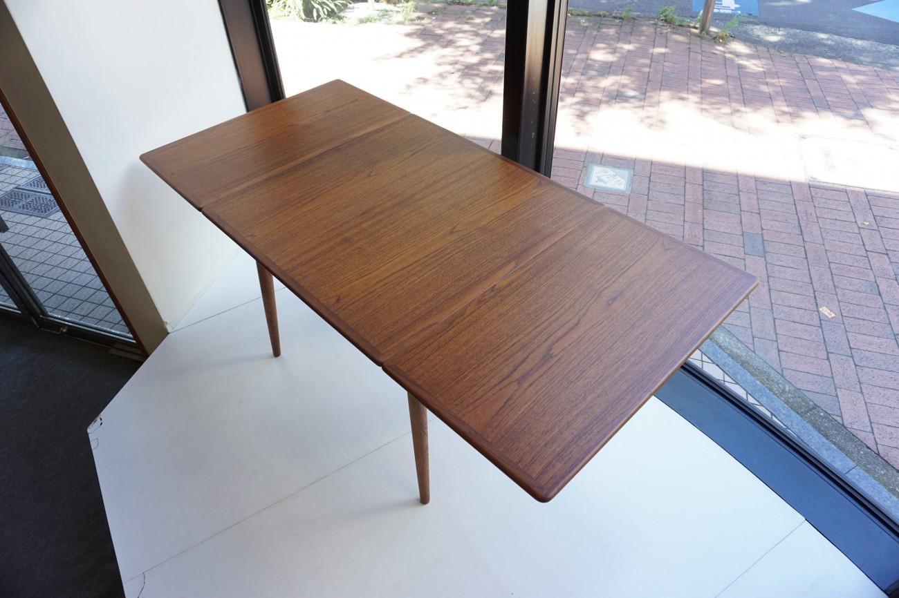 Hans J.Wegner AT-313 Dining table ANDR.TUCK Teak×Oak / ハンス・ウェグナー バタフライダイニングテーブル チーク×オーク ビンテージ北欧家具の詳細