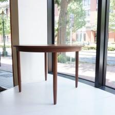 Teak round dining table / チーク ラウンドダイニングテーブル ビンテージ北欧家具