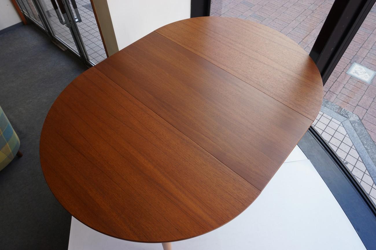 FARSTRUP Dining table(Teak×Beech) / チークxビーチ エクステンション ラウンドダイニングテーブル