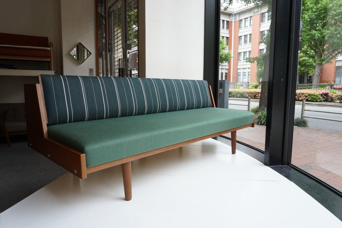 Hans J.Wegner GE258(GE6) Daybed sofa Teak GETAMA Danish Art Weaving Stripe / ハンス・ウェグナー デイベッド ソファ チーク丸脚 ゲタマ デニッシュアートウィーヴィング ストライプ ビンテージ北欧家具