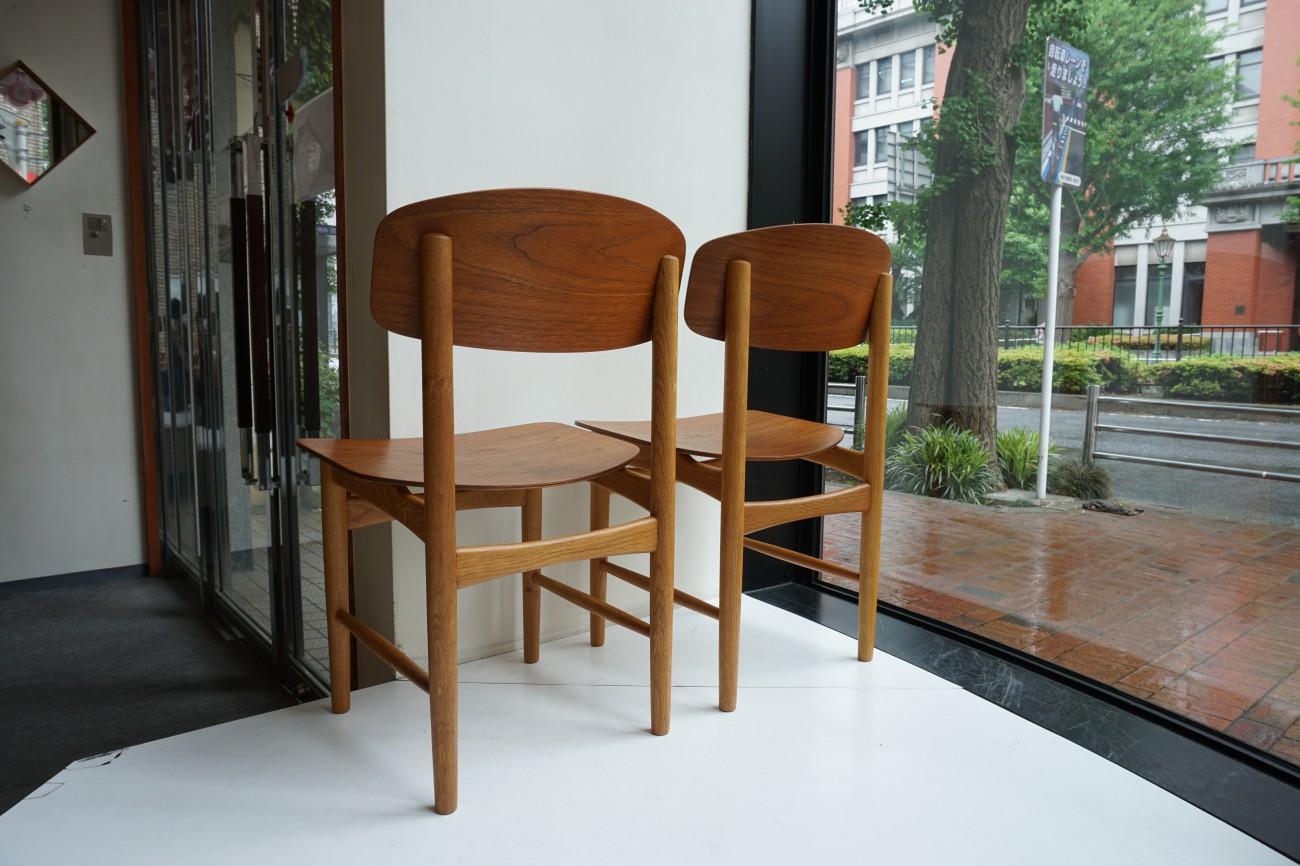 Borge Mogensen model122 Chair(Teak×Oak)Soborg Mobler / ボーエ・モーエンセン モデル122 チェア (チーク×オーク)を展示致しました。